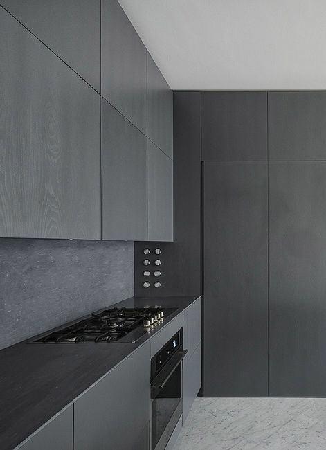 Кухня в цветах: черный, серый. Кухня в .