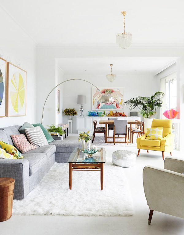 Гостиная, холл в цветах: серый, светло-серый, белый. Гостиная, холл в стиле скандинавский стиль.