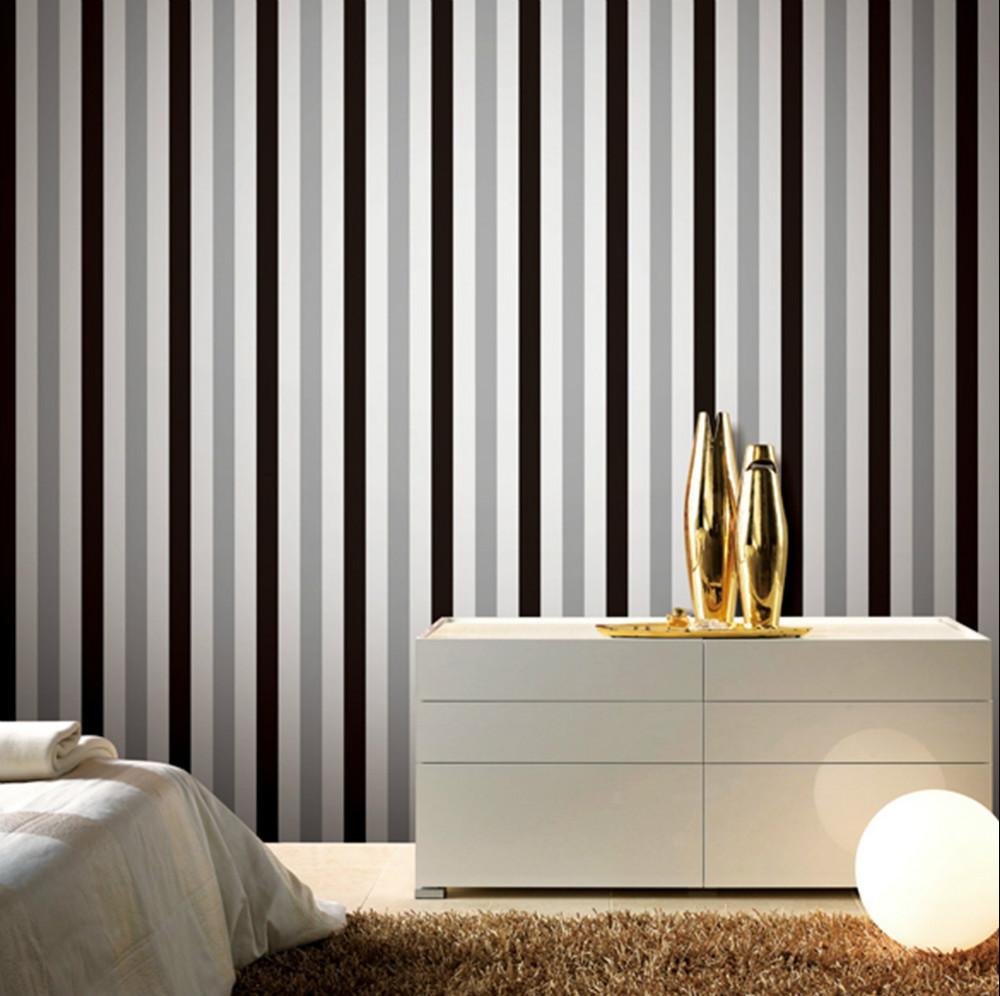 Декор в цветах: серый, светло-серый, белый. Декор в .