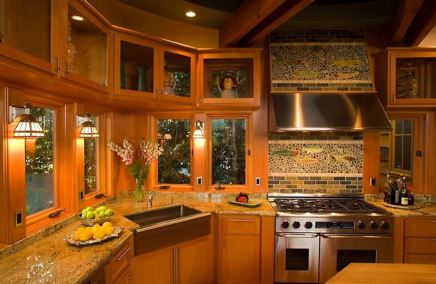 Кухня в цветах: бордовый, темно-зеленый, темно-коричневый, коричневый, бежевый. Кухня в .