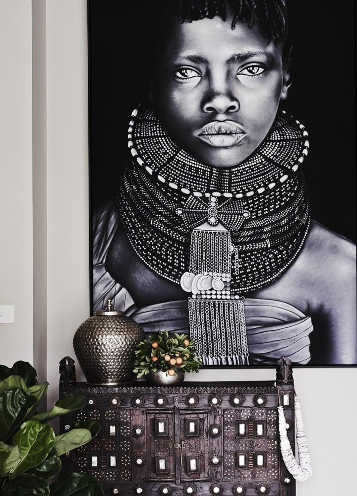 Вдохновение в  цветах:   Светло-серый, Серый, Черный.  Вдохновение в  .