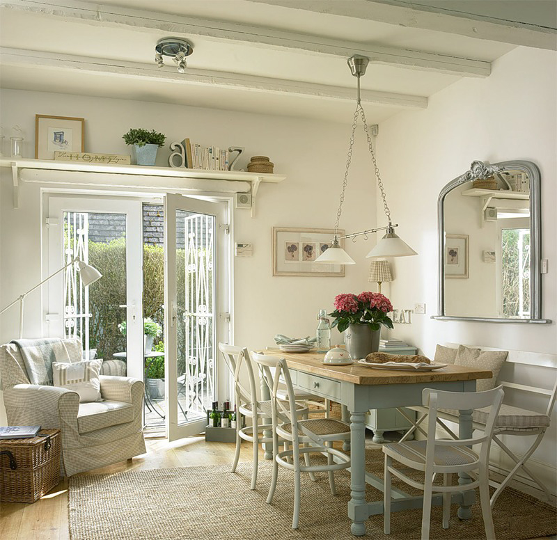 Кухня/столовая в  цветах:   Бежевый, Белый, Светло-серый, Серый.  Кухня/столовая в  стиле:   Кантри.