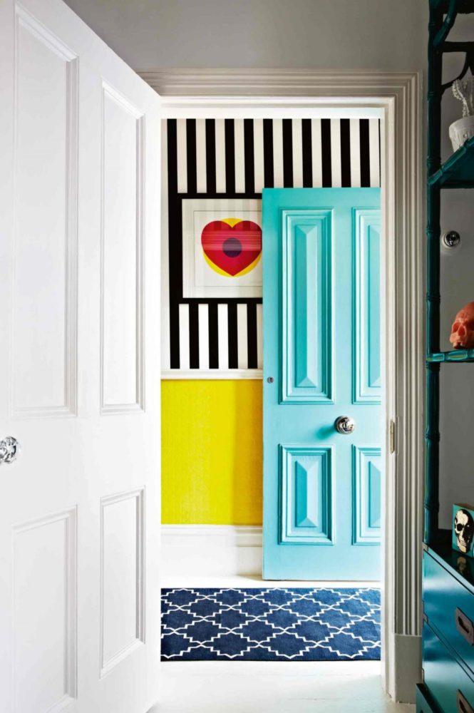 Вдохновение в  цветах:   Белый, Голубой, Светло-серый, Серый, Черный.  Вдохновение в  .