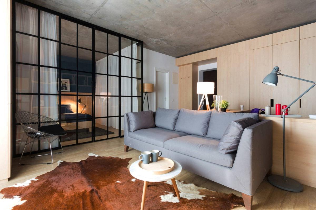 Модная квартира: кухня, гостиная, столовая и спальня на 50 метрах