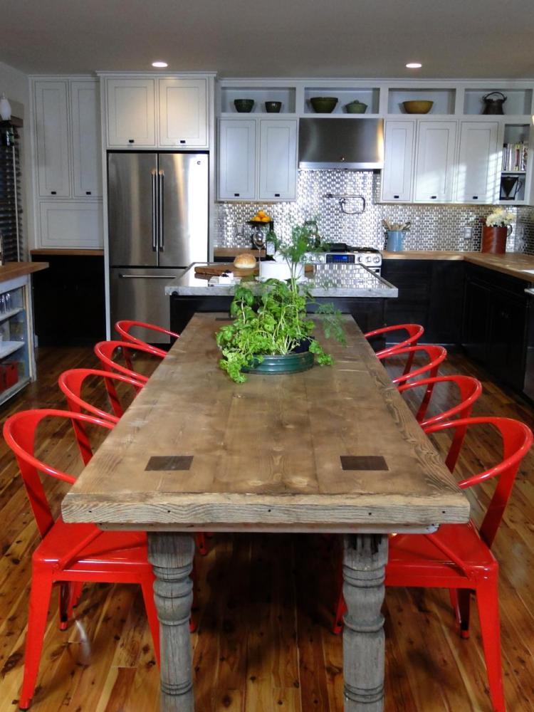 Кухня/столовая в  цветах:   Бежевый, Коричневый, Серый, Темно-коричневый, Черный.  Кухня/столовая в  стиле:   Эклектика.