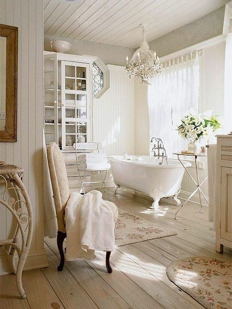 Ванная в  цветах:   Бежевый, Белый, Коричневый, Светло-серый.  Ванная в  стиле:   Неоклассика.