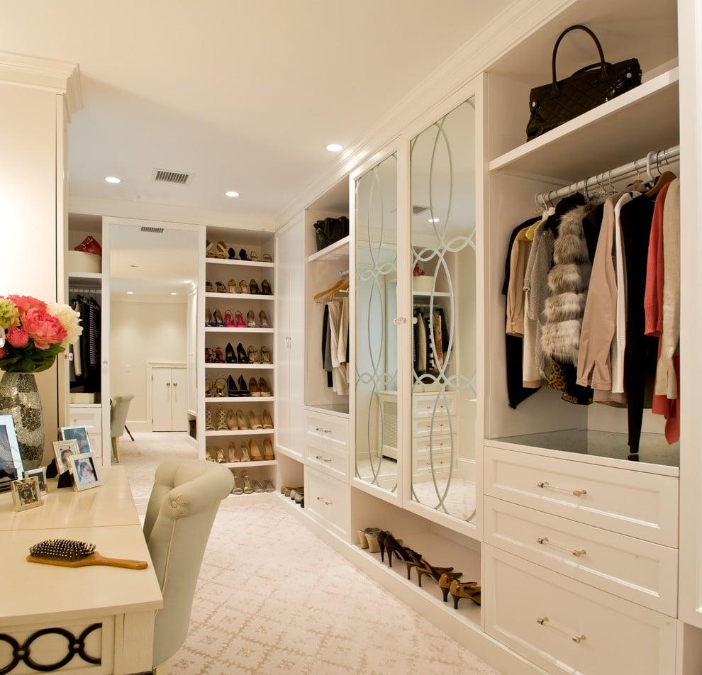 Идеальный гардероб: преимущества, план действий и дизайн-хаки