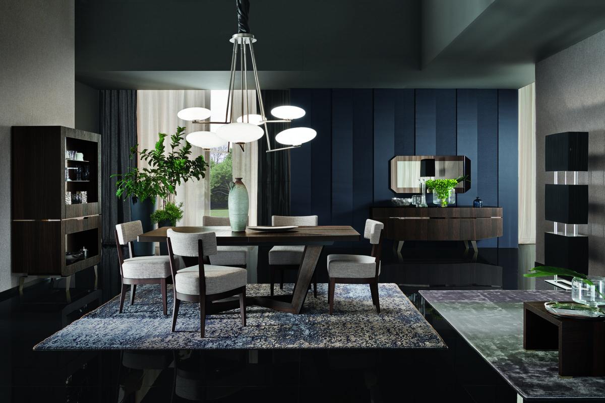 Кухня/столовая в  цветах:   Светло-серый, Серый, Синий, Черный.  Кухня/столовая в  стиле:   Неоклассика.