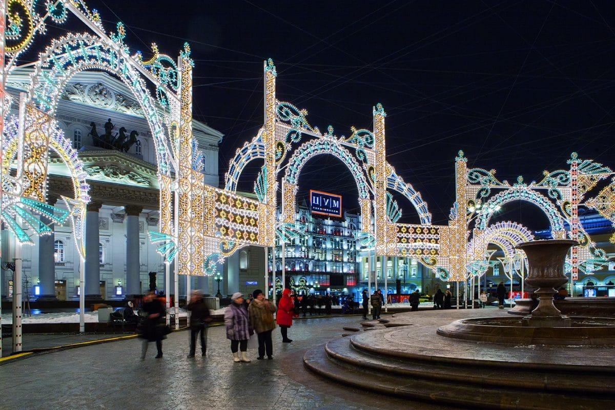 Самые красивые кадры с фестиваля «Рождественский свет» в Москве