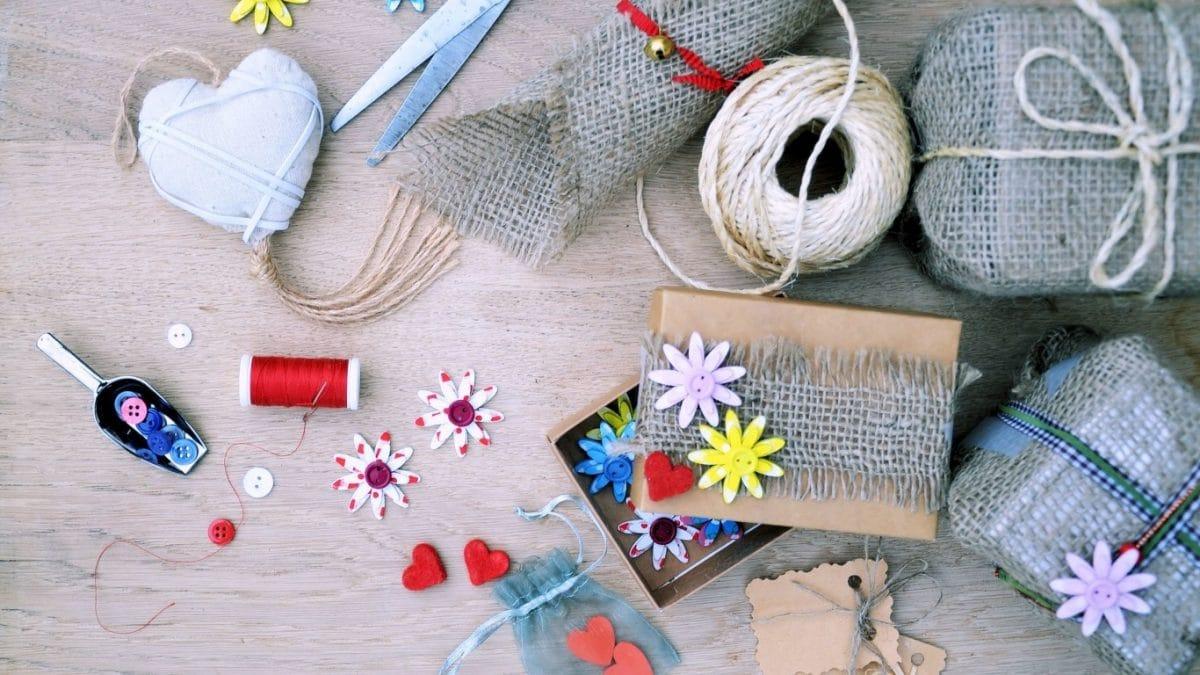 14 свежих идей упаковки подарков для самых ленивых