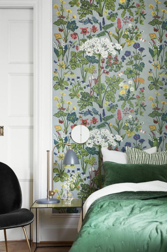 Спальня в  цветах:   Зеленый, Коричневый, Темно-зеленый.  Спальня в  стиле:   Минимализм.