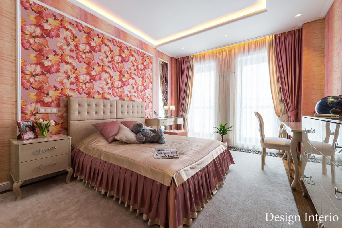 Детская комната для девочки-подростка. Комната делалась «на вырост», яркая, тёплая по цветовой гамме.