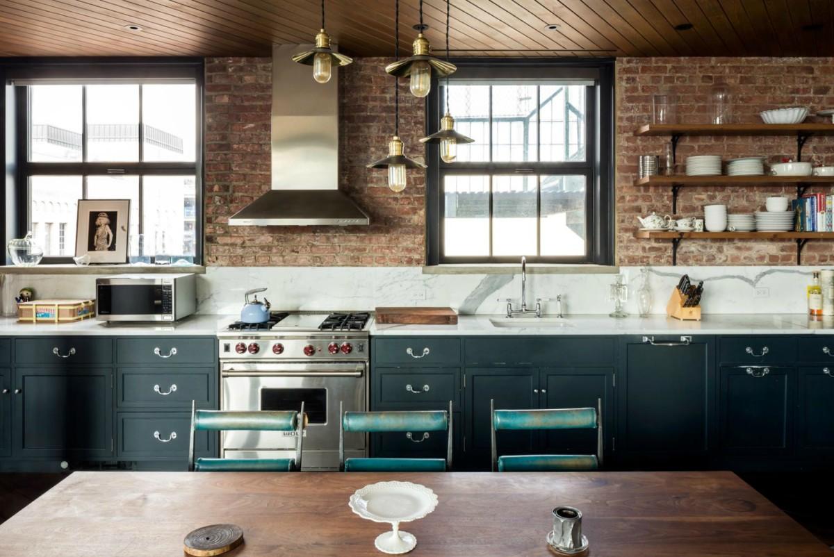 Кухня/столовая в  цветах:   Бежевый, Бирюзовый, Зеленый, Темно-коричневый.  Кухня/столовая в  стиле:   Лофт.