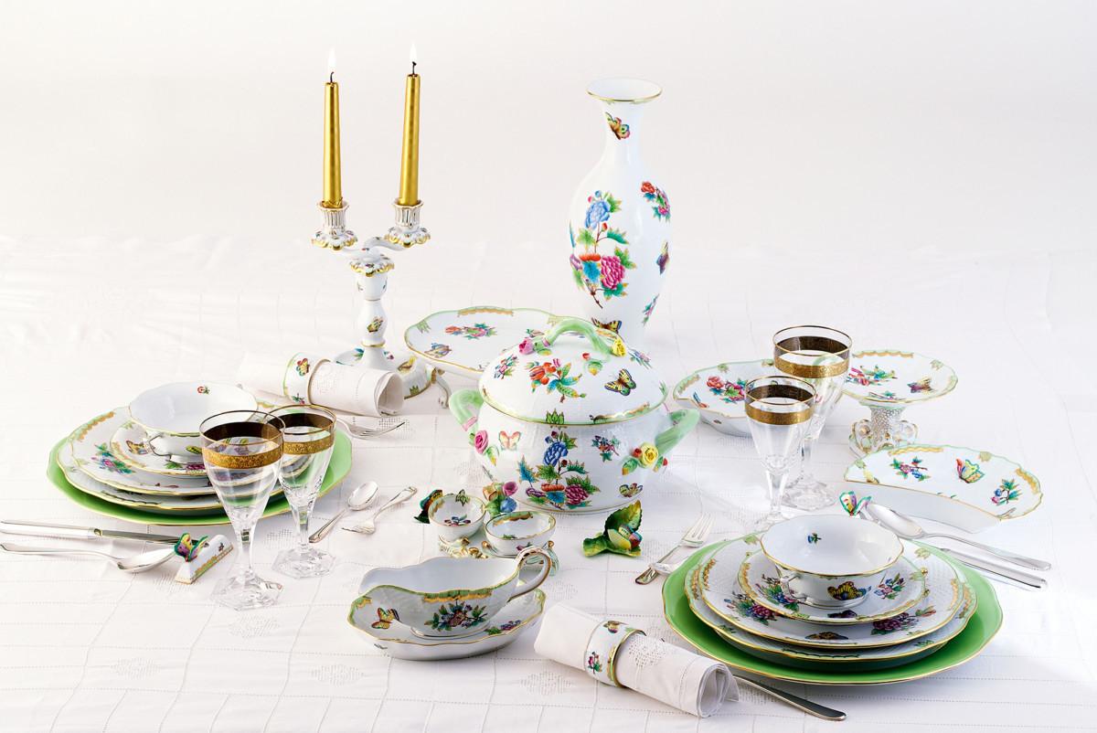 Фарфоровая посуда как у королевы Виктории и барона Ротшильда