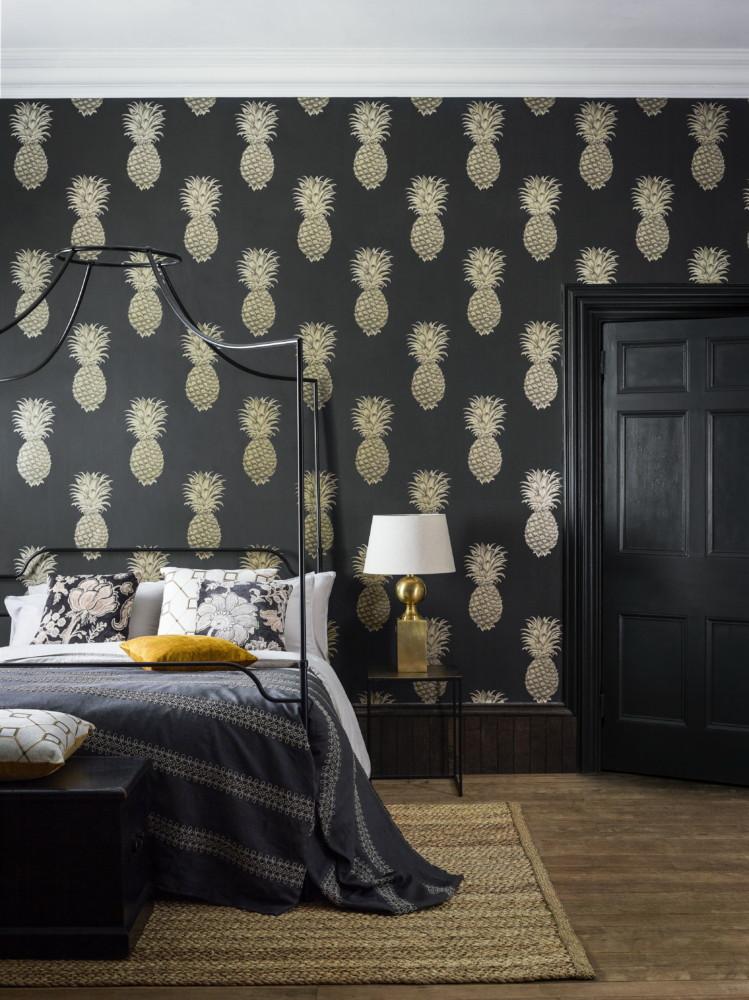 Спальня в  цветах:   Бежевый, Светло-серый, Серый, Темно-коричневый.  Спальня в  стиле:   Неоклассика.