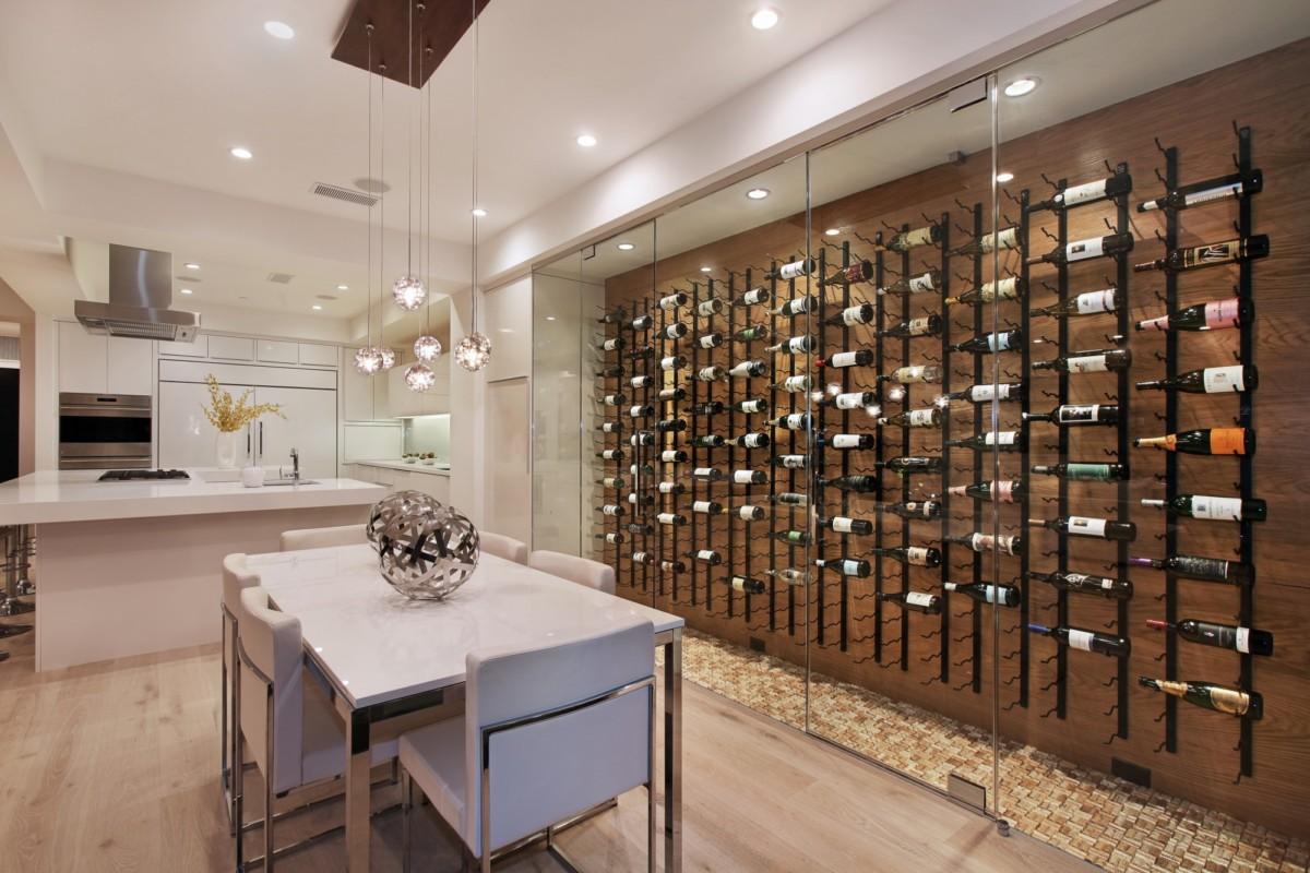 Где хранить вино: 7 способов, от полки до винного погреба