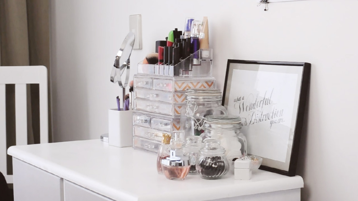 18 гениальных идей для хранения в маленькой спальне