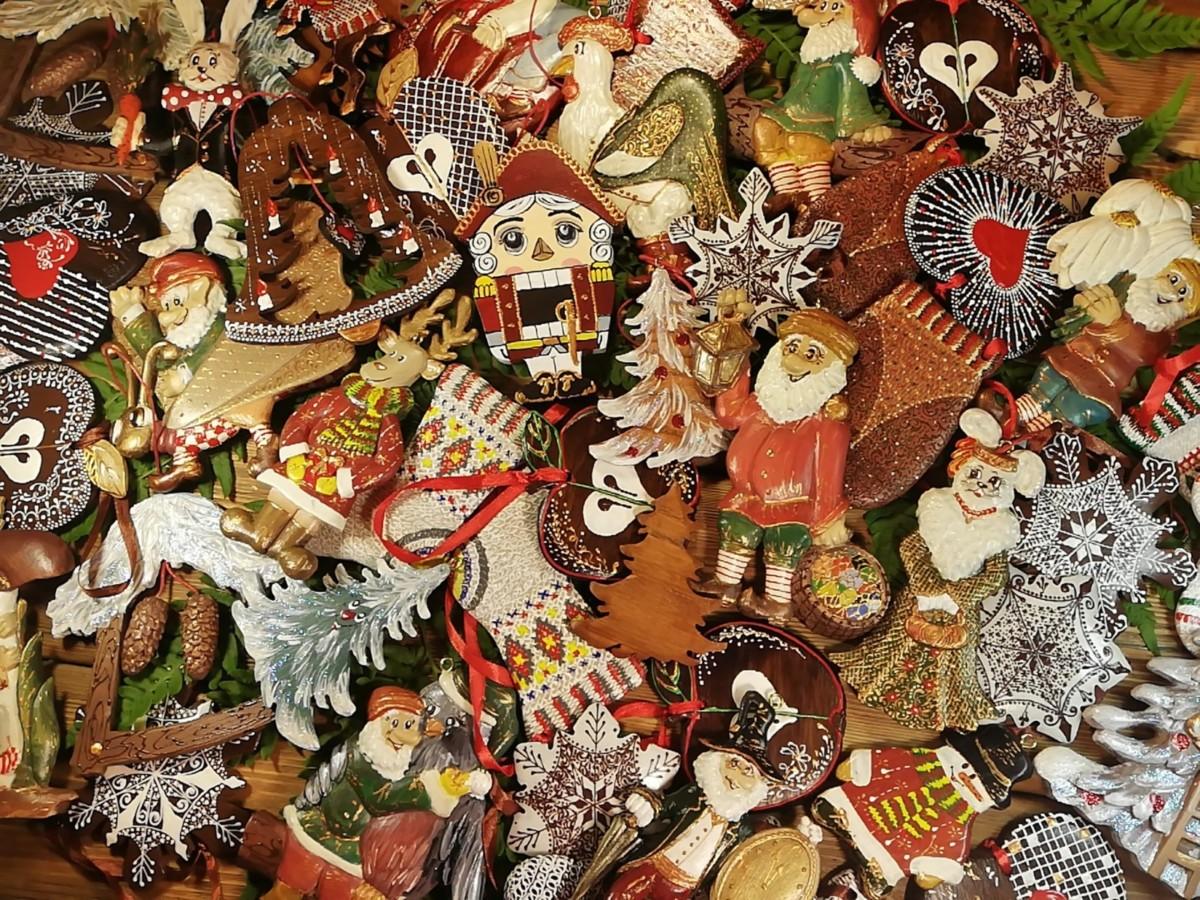 Готовь сани летом: Анна Венге и новогодние игрушки ручной работы