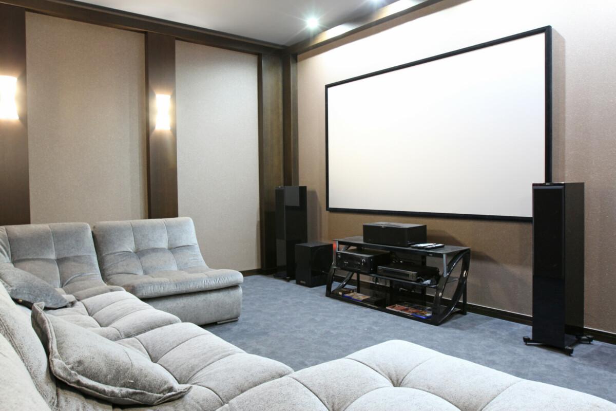 Как сделать кинозал дома