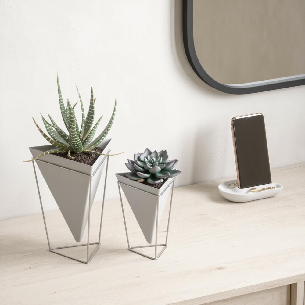 DesignBoom и Umbra представляют коллекцию минималистичного декора для дома